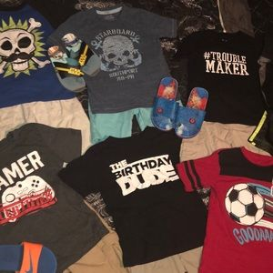 Boys size:5/6 (16) piece Lot. See details